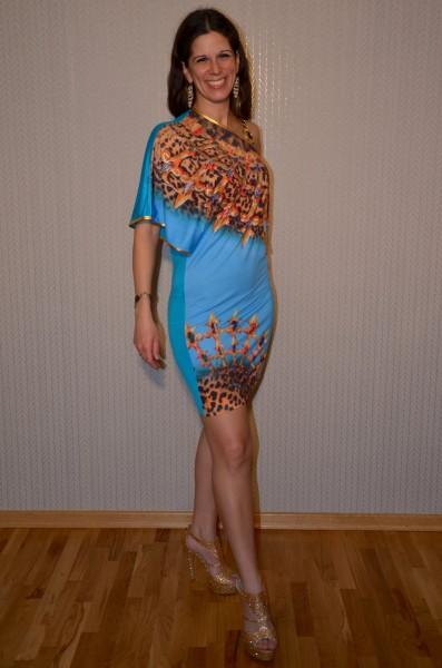 Ausgefallenes Kleid mit Glitzersteinchen besetzt BLAU
