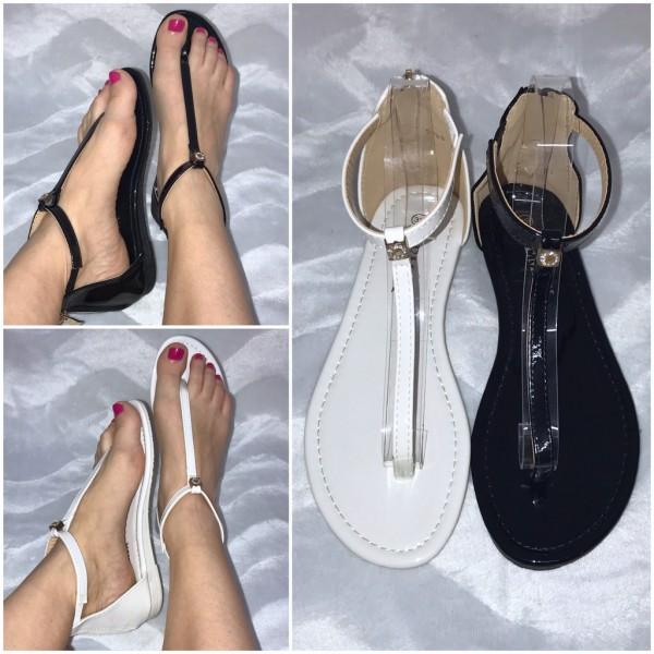 Zeitlose Riemchen Sandaletten / Sandalen / Zehentrenner mit Strass EMBLEM
