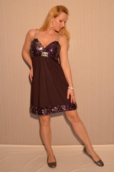 Wunderschönes Pailletten Kleid AUBERGINE