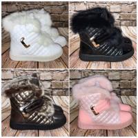 Gefütterte Fashion Stiefeletten / Boots in Sneakers STYLE