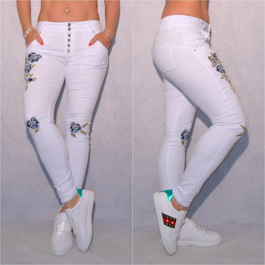 Bequeme stretch JEANS mit Blumen Stickerei WEISS   Blau   Jeans   Damenmode    Mode   Coral Fashion 72d53dd773