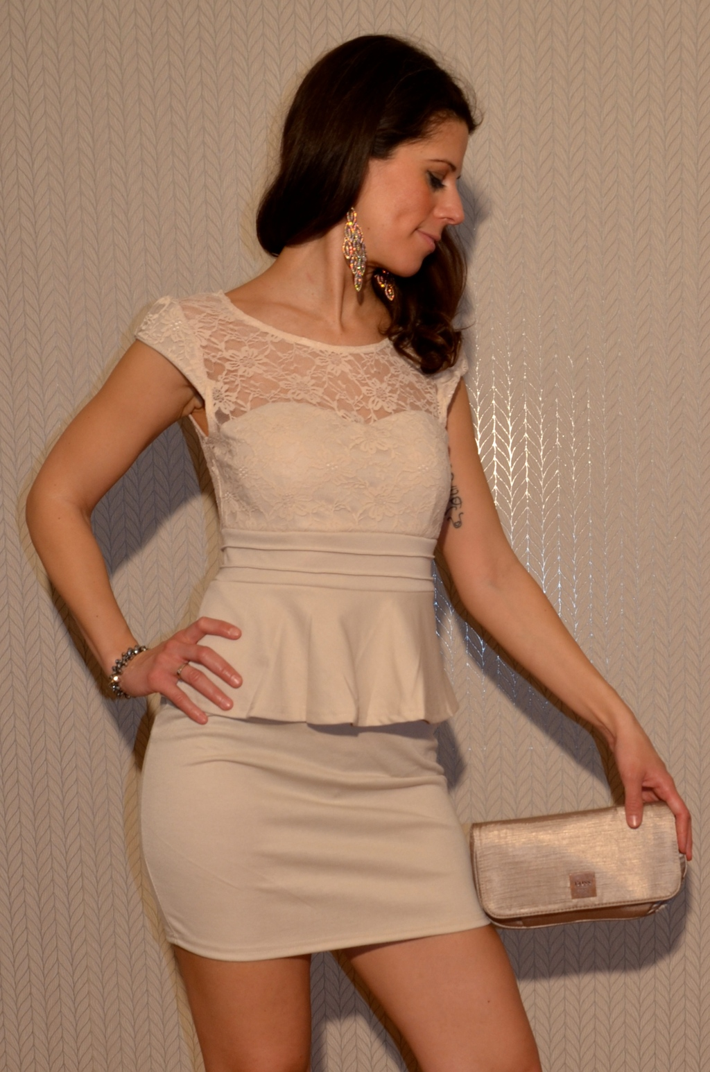 Elegantes Mini Kleid mit Spitze BEIGE | Damen | *Sale ...