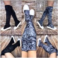 EXTRA LONG Langschaft stretch Overknee Stiefel in Sneaker Look aus Samt in Knitteroptik