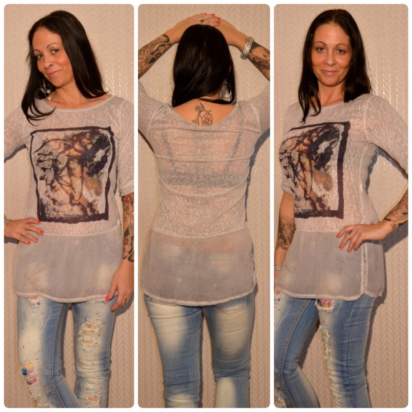 Tunika / Longshirt mit LADY *READ DIFFERENT* Print GRAU