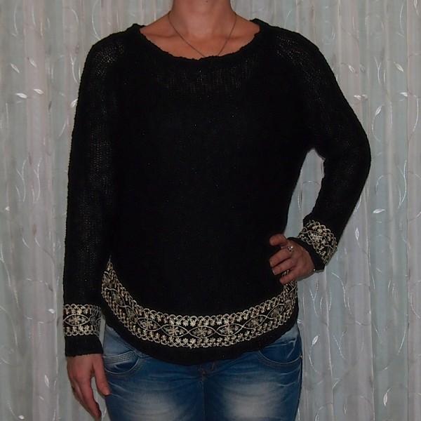 Pullover mit wunderschöner Stickerei - SCHWARZ