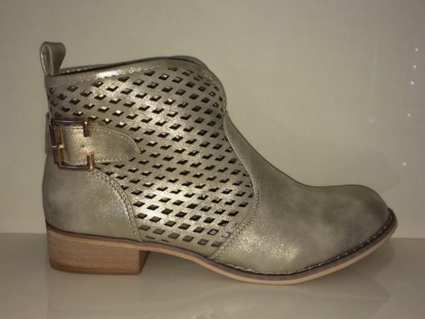 Ankle Boots mit Lochmuster und Schnalle am Schaft GOLD