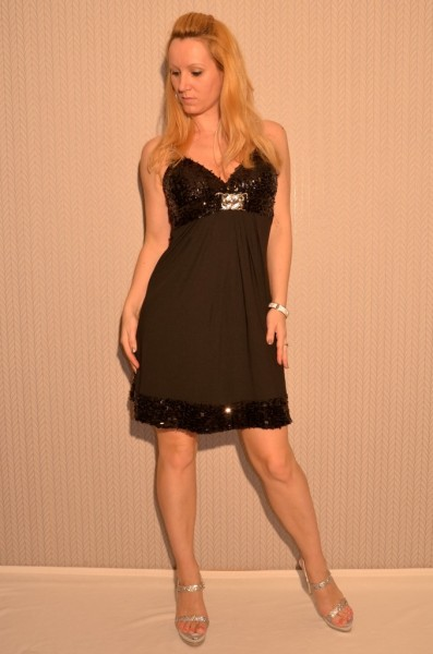 Wunderschönes Pailletten Kleid SCHWARZ