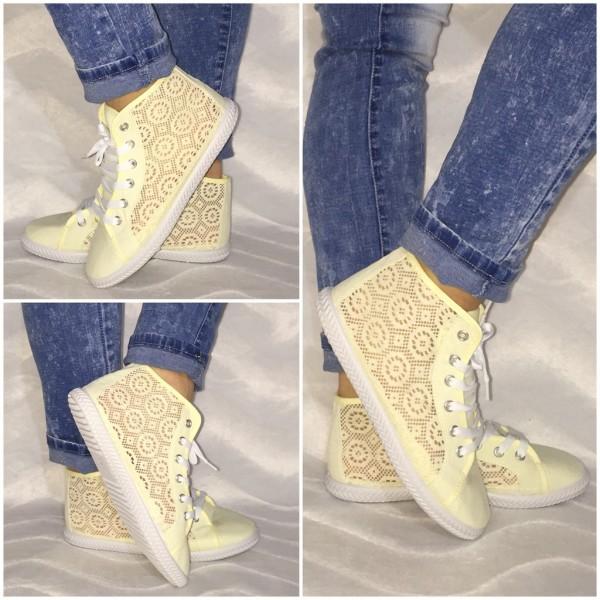 NETZ Sneakers mit Lochmuster BEIGE