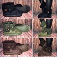 Gefütterte Herbst-Winter Lowcut BOOTS / Stiefel mit Strickkragen & KNOPF