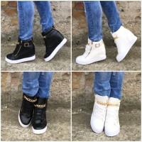 ITALY Style KROKO Keil Sneakers mit goldener KETTE & Deko Zipp