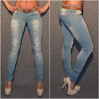 Destroyed Stretch Jeans mit SCHLITZEN & Gürtel
