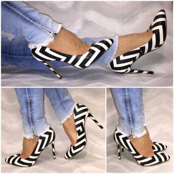 Sexy High Heels / Pumps Schwarz / Weiß