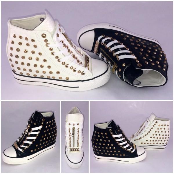 FREAKY Highcut Keil Sneakers mit goldenen ALL over NIETEN