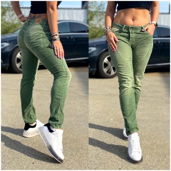 Italy Damen Denim Cordhose Hose mit Steppmuster GRÜN / Marke PLEASE Fashion