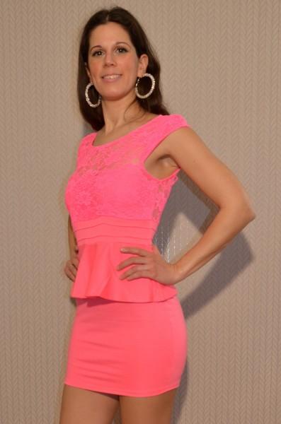 Elegantes Mini Kleid mit Spitze PINK
