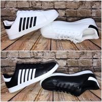 ANGEBOT!! - Coole Herren NEW 5 STRIPE Lowcut Sportschuhe / Sneakers