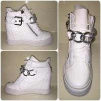 ANGEBOT!!! WOW Keilsneakers mit XXL SILBER Kette WEISS