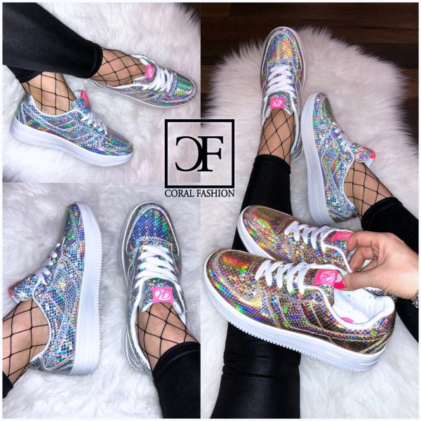 HOLO RAINBOW Lowcut Sneakers in schimmernder Snake Optik