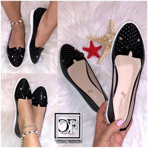 Damen Fashion Ballerinas / Slip On Schuhe Slippers mit Lochmuster & Masche Schwarz