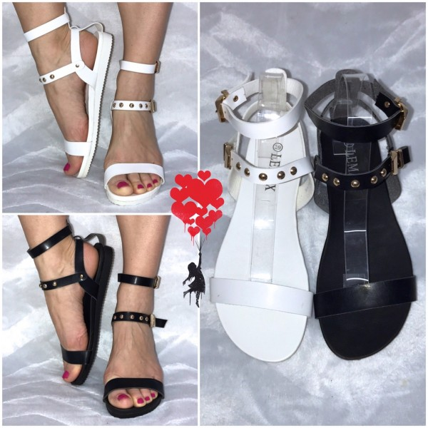 Ausgefallene Riemchen Sandaletten / Sandalen mit Nieten im Römer Stil