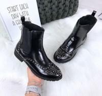 Damen Chelsea Stiefel Stiefeletten Boots mit Nieten besetzt Blogger Schwarz