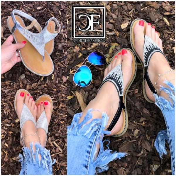 Fashion Zehentrenner Sandalen / Sandaletten mit ALL OVER STRASS