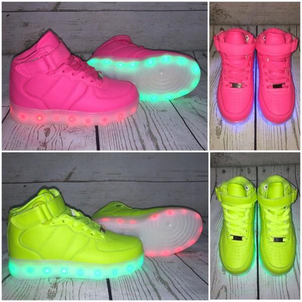 ⭐️ Kinder HIGH Cut LED LIGHT Farbwechsel Sportschuhe / Sneakers / Schuhe